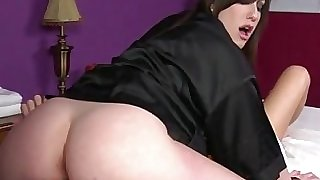 Goth masseuse gets honeypot ate by customer